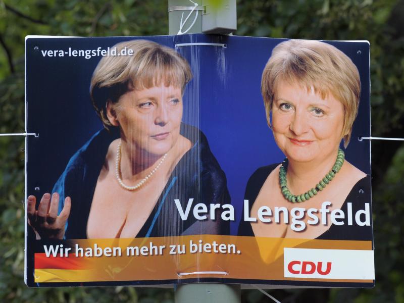 Mediaforum: Media benaderen vrouwelijke politici met 'Is ze mans genoeg?'